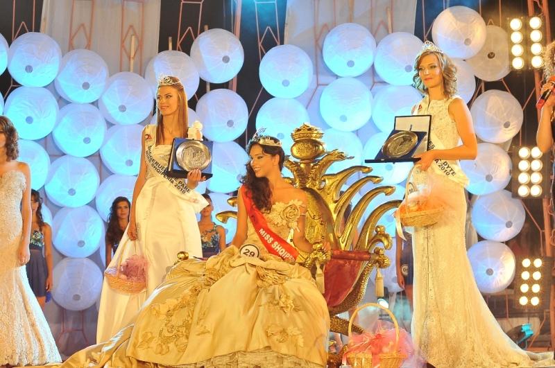 Miss Shqiperia 2010