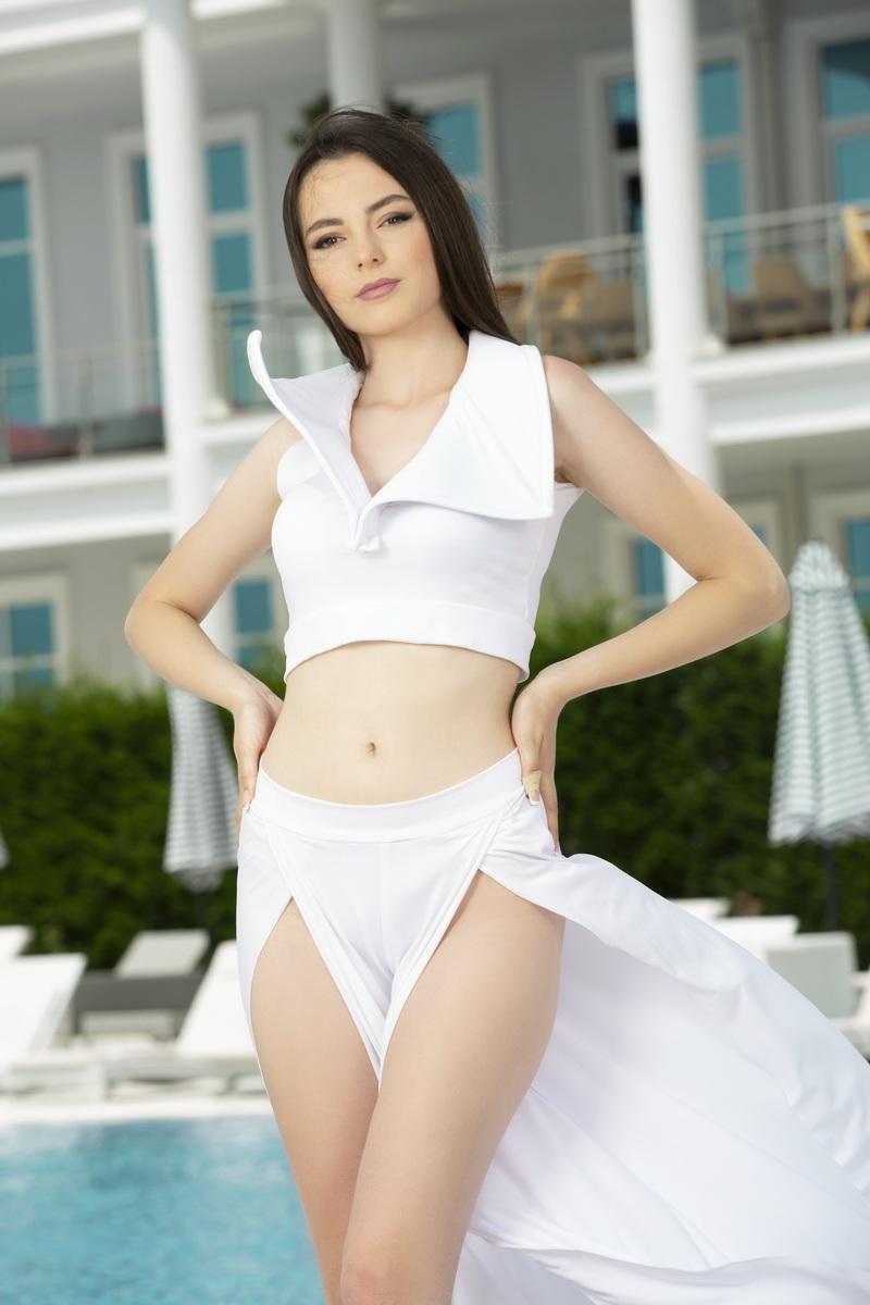 Fatjola Zeqollari